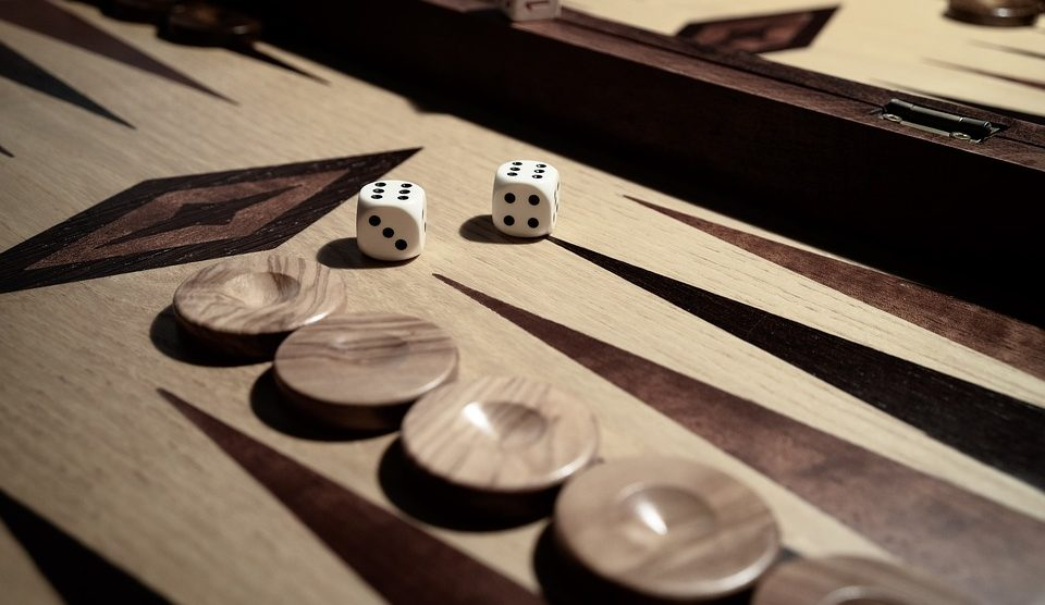 e2d396238bf4 Best Backgammon Board Sets At Every Price Point – Updated 2019 ...