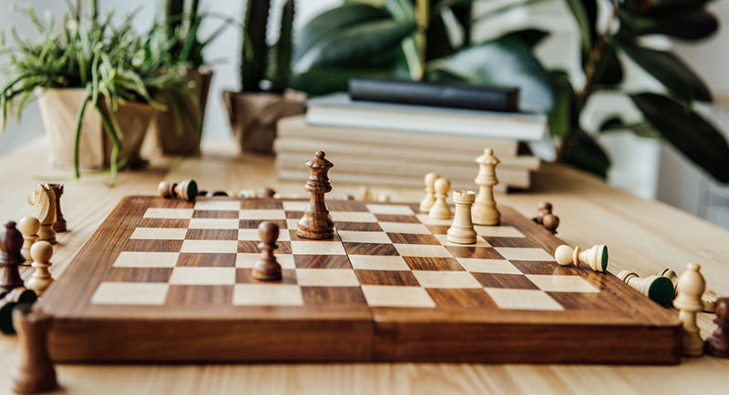 Wooden chess set game