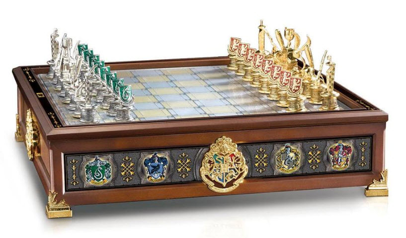 The Noble Collection Harry Potter Hogwarts Houses Quidditch Chess Set